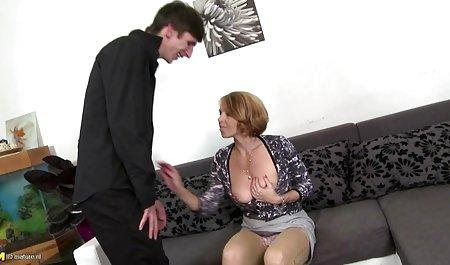 Gemuk anal menyerap keras xxxx jepang terbaru kontol dengan mulut dan toket