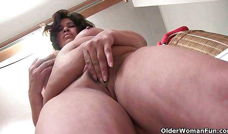 Pukas pakai porn sex jepang jari dengan rambut merah hardcore