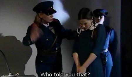 Istri selingkuh menjilat vagina menonton istri sialan pria kulit hitam japan sex selingkuh jilat
