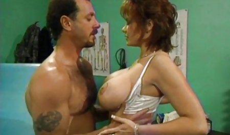 Lesbian scene dengan Leila video sex xxx jepang dan Charlotte